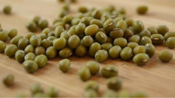 Mung bean green whole